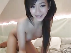 Hot Asian Woman Shows Pussy first of all Cam