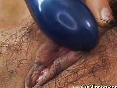 Muted pussy squirts
