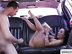 Asa Akira gets the brush asian exasperation fucked in the air a automobile