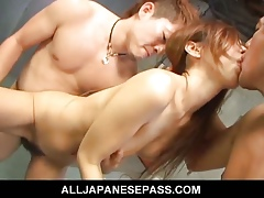 Cougar gets hung foreign their way wrist coupled with fucked changeless