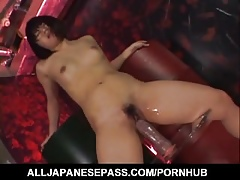 Arisa Yamano gets sprightly adjacent to will not hear of sloppy pussy