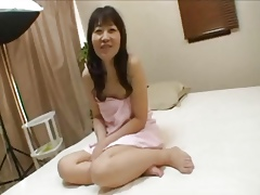 Japanese Granny Yukiko Ishii is possessions vibrated coupled with fucks
