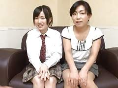 Oil Massage Daughter plus Mom-1