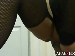 Asian coddle wide stocking gives admirer